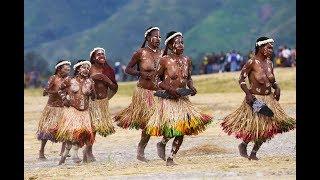 Lembah Baliem Tarian Suku Dani