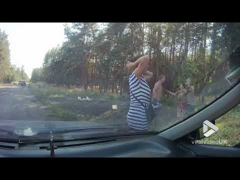 Viral Video UK: Russian rednecks go at it
