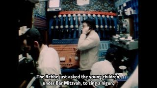 Rare Footage: The Rebbe Asks the Children to Sing