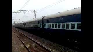 TKD Deemer headed Howrah Bhopal Express rushes through HB Chord