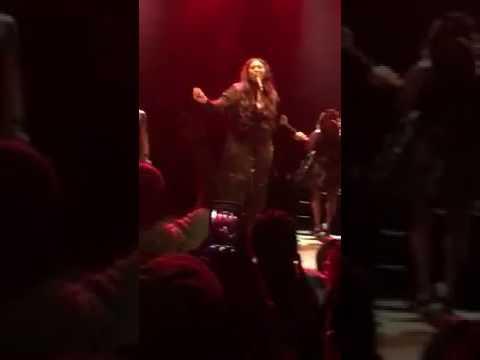 Jazmine Sullivan Singing Prince