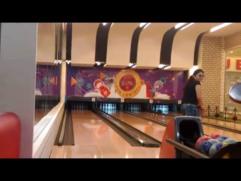 Cute Girl Bowling at Forum Sujana Mall SVM Fun Central | Having Fun Gaming