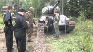 T-34 telaketjun korjaus