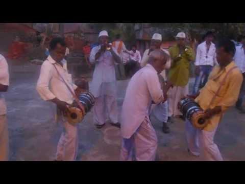 Sanai, Halgi Dholki in traditional marathi wedding part3