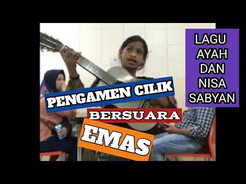 Pengamen Makassar Bersuara emas Cover lagu Ayah -Ebiet dan Din Assalam - Sabyan..