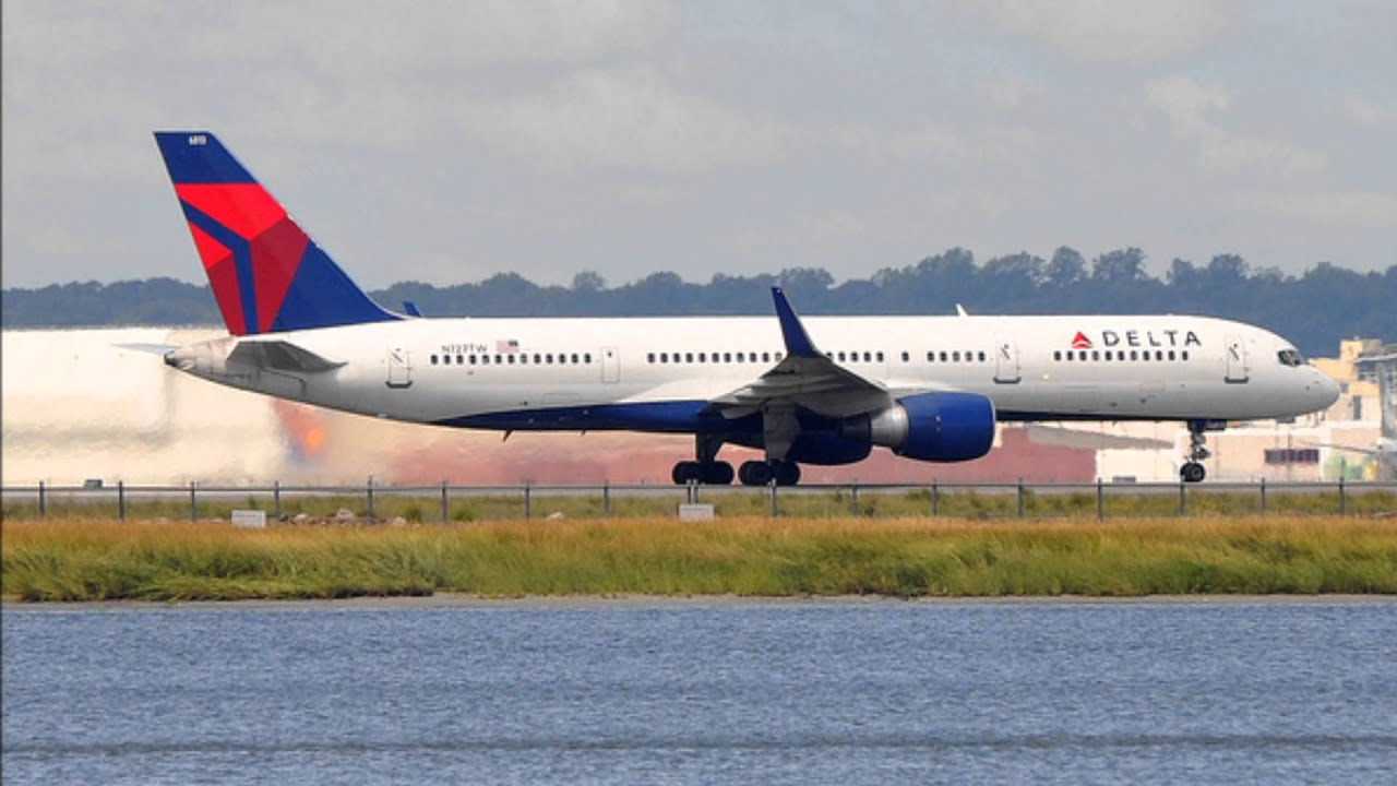 jetblue airlines Get jetblue airways corp (jblu:nasdaq) real-time stock quotes, news and financial information from cnbc.