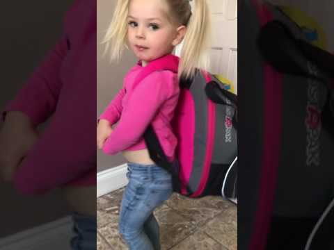 Three Year Old Vlogger : Opening Of The Trunki Boostapak