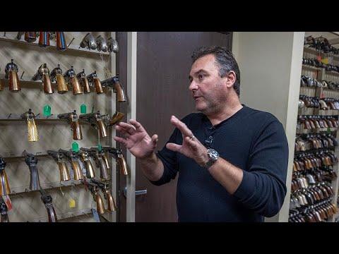 شاهد: كيف تُستخدم الأسلحة في مواقع التصوير السينمائي؟  - نشر قبل 3 ساعة