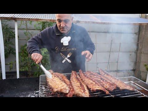 Супер сочные свиные  ребрышки,маринованные в гранатовом соусе,на мангале.Рецепт от Жоржа