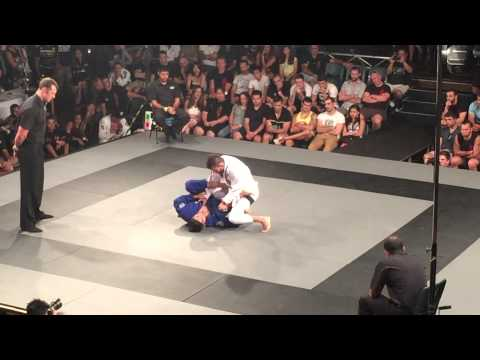 Roberto Satoshi vs Rodrigo Caporal Feb 2015 BOA super 8 semi final