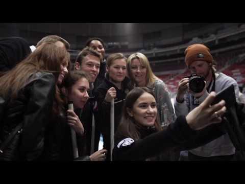 Даниил Квят сыграл в кёрлинг с женской сборной России