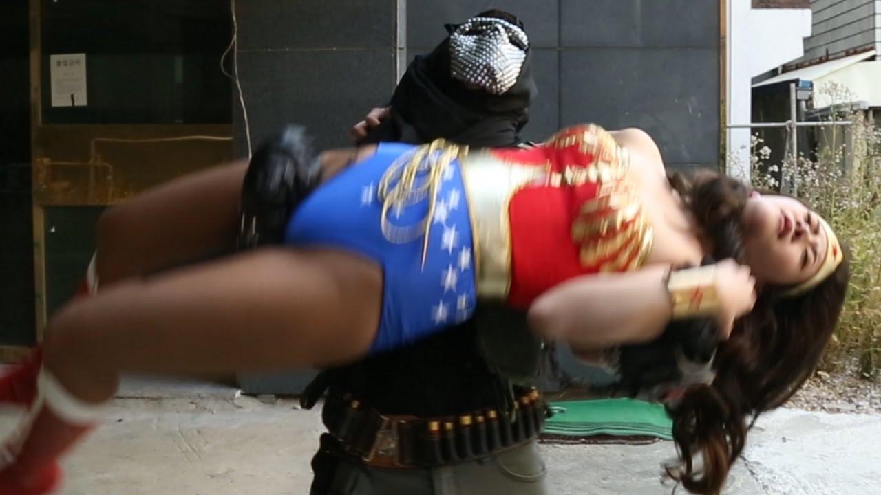 superheroine tube