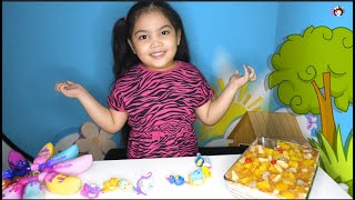 Easy Graham Fruit Cocktail Cake  Bananas Bunch Series 3 Toy Unboxing