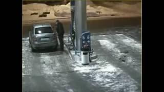 Electricidad estática el enemigo de las gasolineras