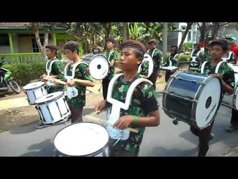 Lagi Syantik - DRUMBAND MTs Hasanuddin Semboro