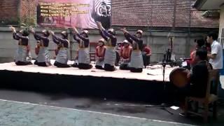 Tari Saman SMK Yadika 4