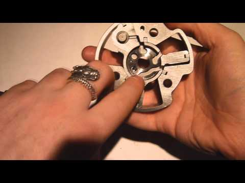 Variable valve timing through cam phasing explained