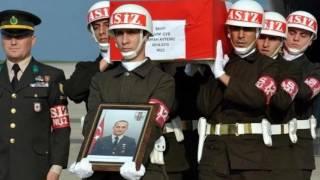 Şehitler Ölmez Osman Öztunç