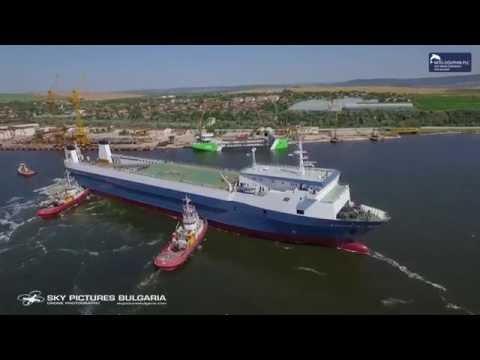Ship yard drone video and timelapse заснемане с дрон на кораборемонт