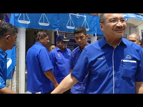 Pagoh-Lawatan Dato' Seri Hishamuddin Bin Tun Hussein Ke Parlimen Pagoh