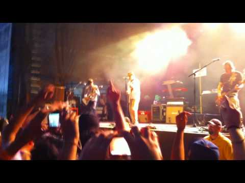 Weezer - Say It Ain't So Live @ The Williamsburg Waterfront 7/16/10