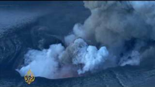 Iceland volcano continues eruptions
