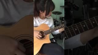 Học viên lớp dạy nhạc cụ V.Guitar