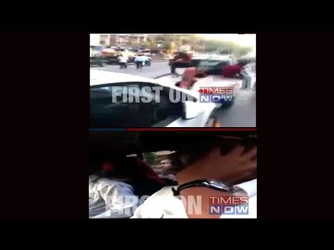 Shocking: Woman with baby in car towed away by traffic cop