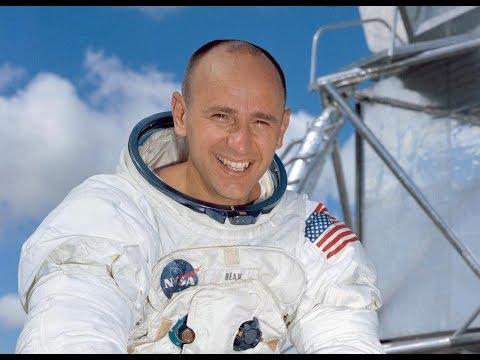 Astronaut Alan Bean: Moonwalker, Skylab Commander, Artist
