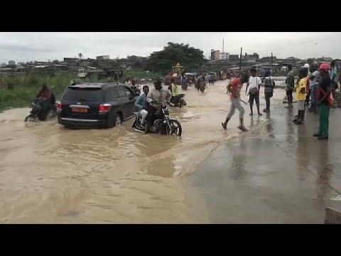 Víz alatt a közép-afrikai Douala