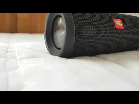 Jbl flip 4 clean bass 2 (see on 480p :)