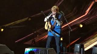Ed Sheeran - Shape of You (Live Dallas, TX at American Airlines Center August 18, 2017)