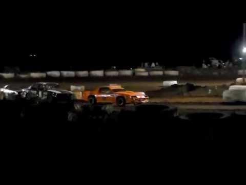 GARY PESCADOR #01 Main Event 11/5/16 Paradise Speedway Maui