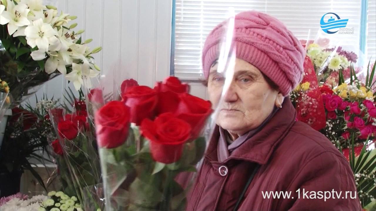 Ажиотаж на цветочном рынке  Как выбрать хорошие цветы и что делать, чтоб они дольше оставались свежи