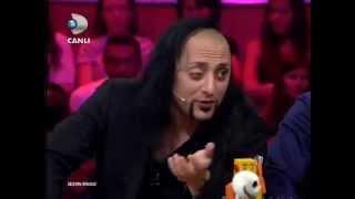 Hayko Cepkin ve Gökhan Özoğuz Kafa Kafaya ( Disko Kralı )