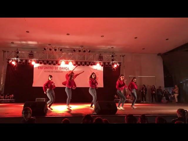 Sa nossas raparigas apresentaram uma nova coreografia no encontro anual de da