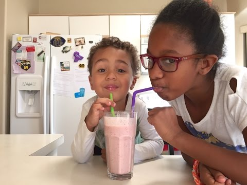 How To Make The Best Strawberry Banana Smoothie: Healthy Smoothie Snack Recipe For Kids