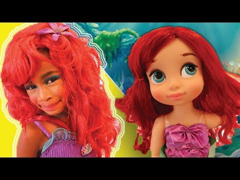 Toys and Colors with Elli ! Pretend Play Dress Up as Disney Princess Ariel &  Little Mermaid Makeup