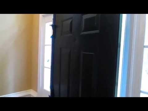 Как красить дверь правильно.