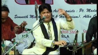 Anup Jalota live with Pandit Santosh Mishra on Tabla.