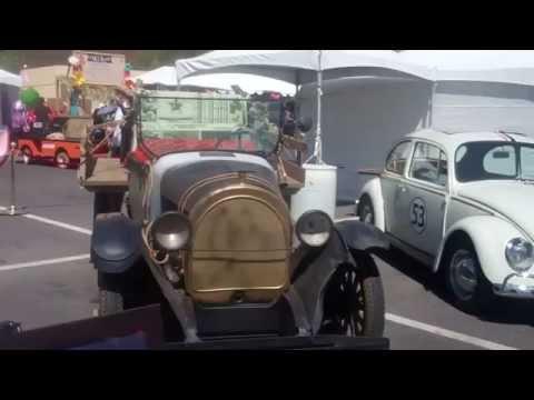 2014 Viva Las Vegas (VLV 17) Antique Car Show – Part 1