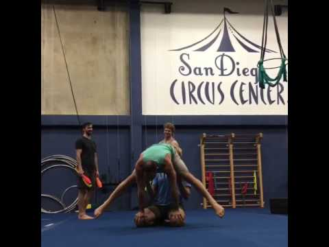 Tari and Jordan - Press Handstand on Knees