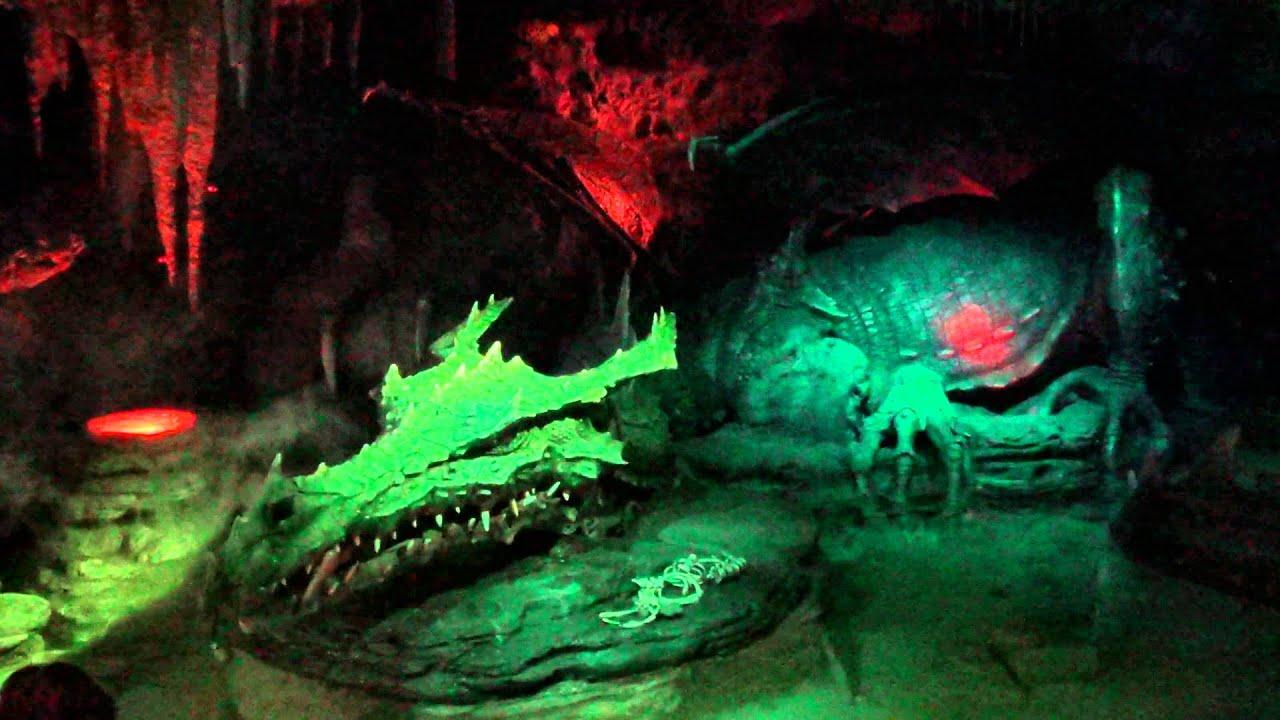Dragon' Lair La Tani Du Dragon Disneyland Paris Hd
