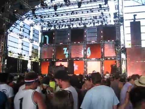 "Paul Kalkbrenner Live @ Coachella 2013, Weekend 2: ""Der Buhold"""