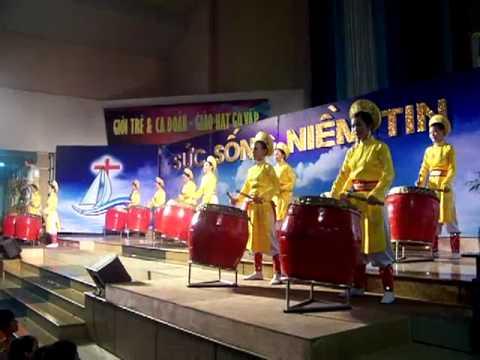 Tiếng trống đại hội giới trẻ lần VI năm 2010