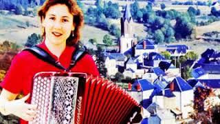 «Moi, je chante l'Auvergne »  Par Sylvie Pullès