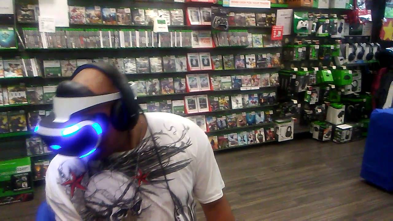 Rayne Phoenix Vs Playstation Vr Live On Location At Gamestop Part 1 Youtube