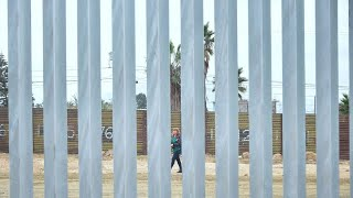 Experts Wanted a See-Through Border Wall, Says John Kelly