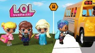Familia LOL Frozen Van a Escuela de Barbie con Goldie y Punk boi
