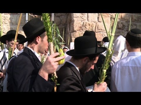 Israeli Jews celebrate Sukkot in Jerusalem